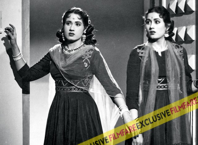 Madhubala (R) with co-star Chanchal (L) in Mehlon Ke Khwab. This the mad cap comedy with Kishore Kumar was one of Madhubala's early foray into comedy.
