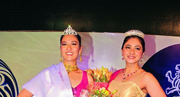 Taking home the crown: (Left) 'Queen' Babita Yadav with 'Princess' Seema Mirza (Photo: DC)