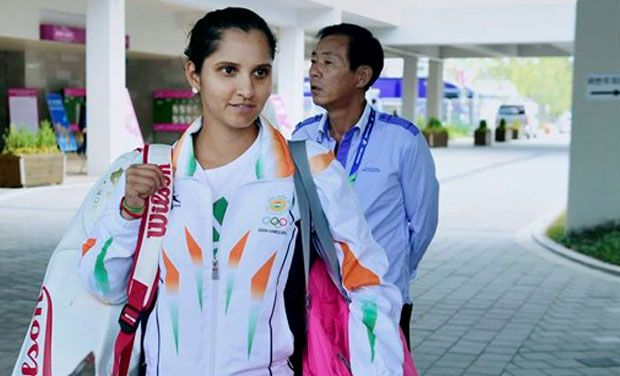 Sania Mirza has lauded Indian tennis team's performance at the 17th Asian Games, given that the country did not come with the best unit possible for the event. Photo: PTI/ File
