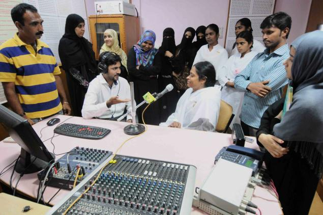 Deccan Radio station manager Zahed Farooqui providing a live interview experience to Radio Jockey trainees at the Siasat daily's office. - Photo: Mohammed Yousuf