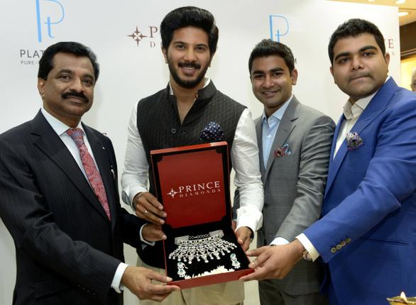 Actor Dulquer Salmaan launching platinum collections at Prince Jewellery, Cathedral Road. Photo: V. Ganesan. / The Hindu