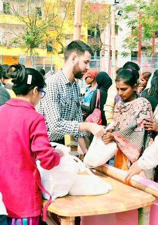 Giving joy Kolkata rises to the challenge/ Usha Rai
